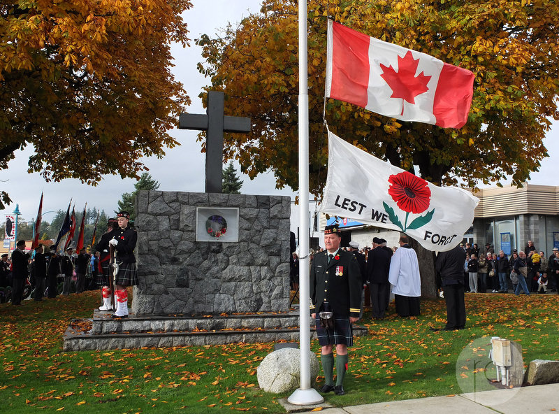 Sechelt Remembrance Day Ceremony - Less we Forget 